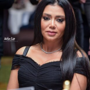 rania youssef black dress 01