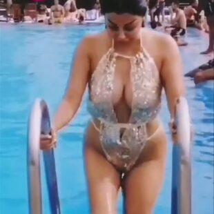 rola yamout bikini fngml 05