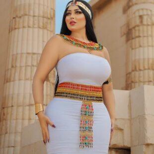 salma elshimy egyptian pharaoh dress sexy photos 1